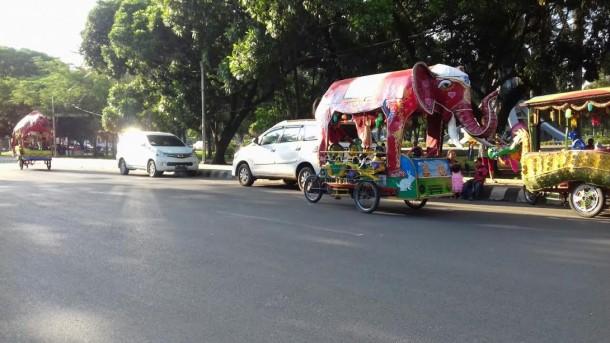 Odong-Odong Bermesin Lenyap, Taman Kota Metro Sepi