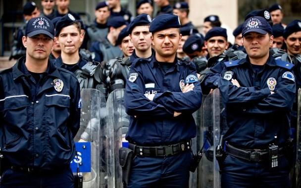 Turki Kembali Pecat 12.800 Polisi Terkait Ajaran Fethulah Gulen