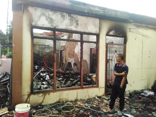 Rumah Terbakar di Gedung Meneng Diduga Karena Korsleting Listrik