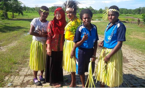 Cerita Anak Lampung Eka Melia Turyska Ikut Program Sarjana Mengajar di Papua