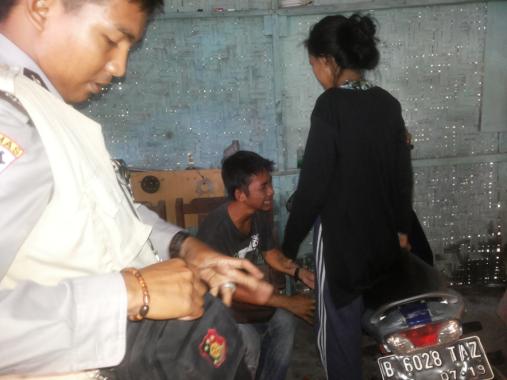 Kepergok Bawa Motor Hasil Penggelapan, Aldi Fahri Menangis Saat Dijemput Polisi
