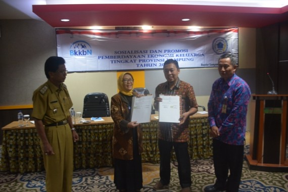 Berdayakan Ekonomi Keluarga, BKKBN Lampung MoU dengan Puskopsyah