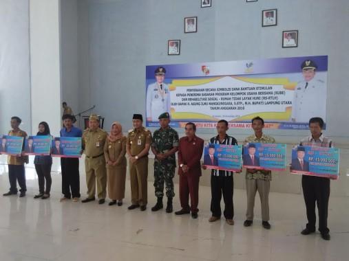 100 KK dan 120 KUBE di Lampung Utara Dapat Dana Bantuan Rehabilitasi Rumah