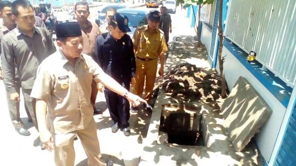Wali Kota Herman HN Cek Perbaikan Gorong-Gorong Jalan Pramuka Bandar Lampung