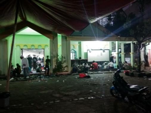 2000 Lebih Massa Aksi Tuntut Ahok Padati Masjid Al Fataa Yakti Jakarta Pusat