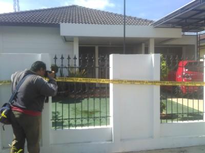 Breaking News: Rumah di Jalan Kenanga Rawa Laut Bandar Lampung Dilempar Bom Molotov