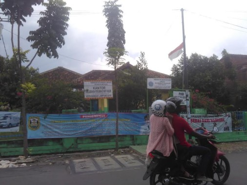 Lurah Perumas Way Halim Bandar Lampung Ancam Pecat Anak Buah yang Lakukan Pungli