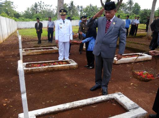 Upacara Hari Pahlawan di Pemkab Lampung Timur Berlangsung Khidmat