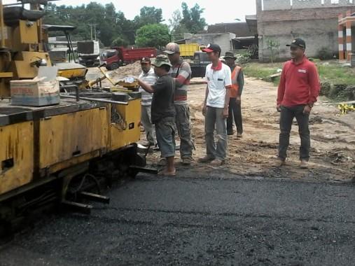 Dinas PU Tulangbawang Barat Awasi Ketat Pelebaran Jalan Tiyuh Kagunganratu