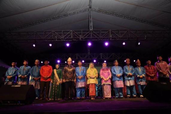 Advertorial: Meriahnya Pembukaan Festival Seni Qasidah Bintang Vokalis Tingkat Nasional ke XXI 2016 di Provinsi Lampung