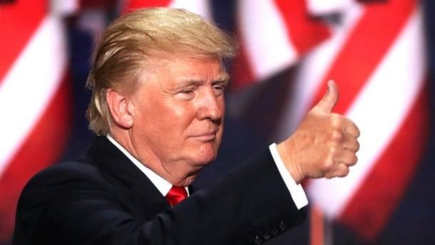 Donald Trump Tegaskan akan Usir 3 Juta Imigran Gelap dari AS