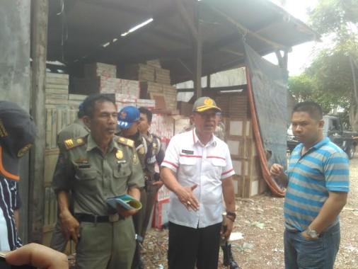 Diprotes Warga, Gudang Keramik di Kedaton Disidak Satpol PP Kota Bandar Lampung