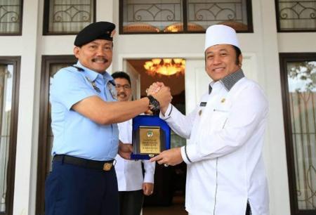 Zainudin Hasan Terima Kunjungan Wakil Rektor Universitas Pertahanan Indonesia
