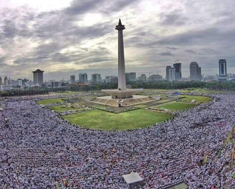 Puisi Netizen Lampung Oca Soal Aksi Super-Damai 212
