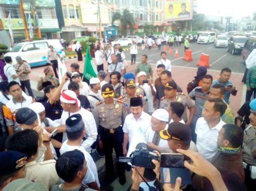 Wali Kota Bandar Lampung Herman HN Datangi Peserta Aksi Damai