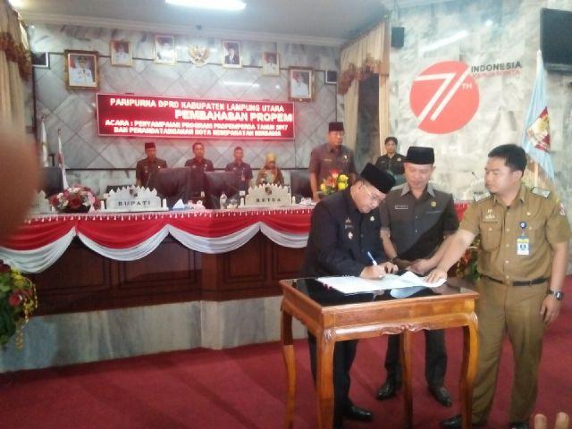 DPRD Lampung Utara Gelar Rapat Paripurna Penyampaian Propemperda