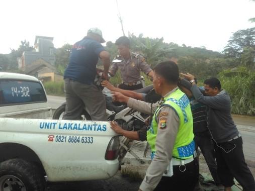 Bocah Tewas Terlindas Truk di Jalan Tirtayasa Septira Kediang Ningsung Siswa SD 1 Negeri Campang Raya