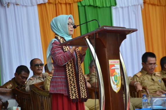Kepala Perwakilan BKKBN Lampung Pimpin Tim Penilai Lomba Kesrak PKK di Tuba Barat