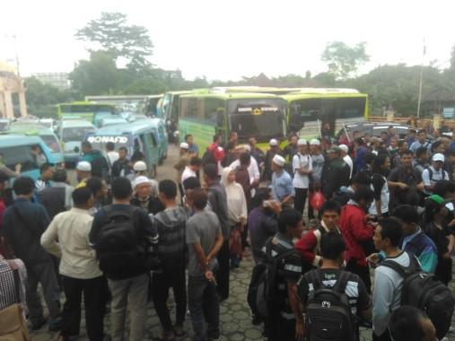 Ribuan Masa GNPF-MUI Lampung Berangkat Bersama ke Jakarta dari Museum Lampung