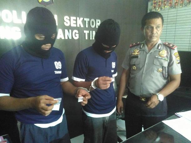 Polsek Tanjungkarang Timur Tangkap Pengedar dan Kurir Sabu-Sabu di Dekat Parkiran PJKA