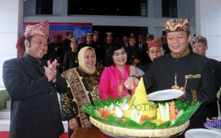 HUT Lamsel ke-60, Zainudin Hasan Sambutan Pakai Bahasa Lampung