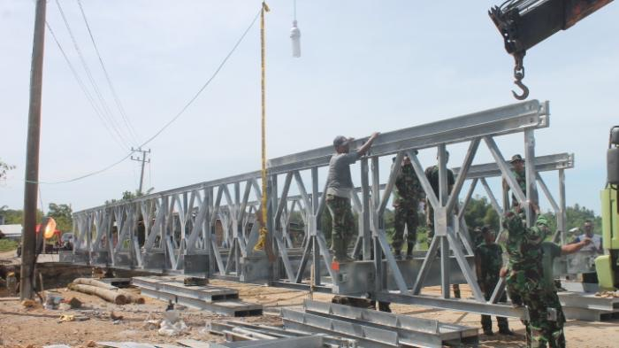 TNI Kirim 300 Prajurit Zikon Bantu Rehabilitasi Pasca Gempa di Aceh