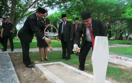 DPRD dan Pemkab Lampung Selatan Peringati Hari Pahlawan ke-71