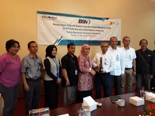 PLN Lampung Raih SNI Award
