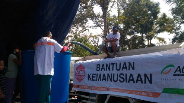 Pulihkan Pacitan Pascabanjir, ACT Kirim Ribuan Paket Pangan