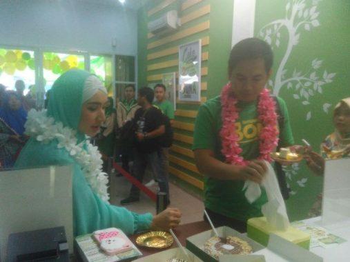 Grand Opening Bona Cake Lampung, Tommy Kurniawan: Maknyus