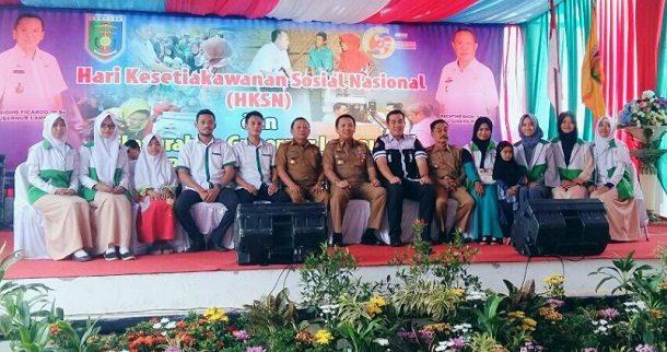 Gubernur Lampung Berikan Rp6,6 Miliar untuk Para Relawan Lansia dan PKH