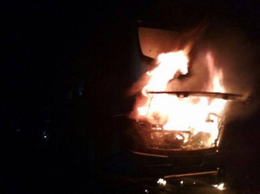 Damri Royal Class Terbakar di Kalianda, Seluruh Barang Penumpang Ludes