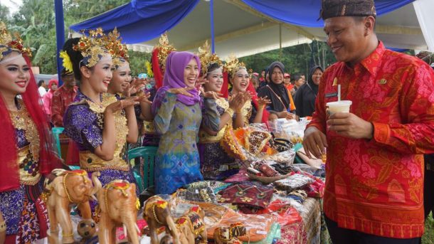 Bupati Lampung Tengah Naikkan Anggaran Kampung pada 2018