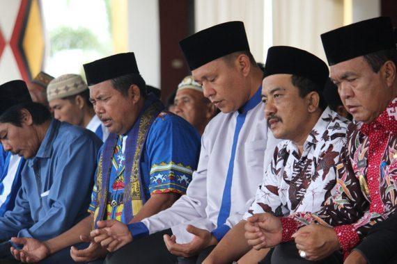 Tak Hanya Selawat, Bupati Lampung Tengah Mustafa Juga Ajak Warganya Salat Duha