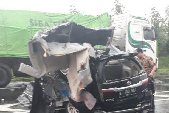 Istri Bupati Pidie NAD Tewas dalam Kecelakaan di Tol Cipali