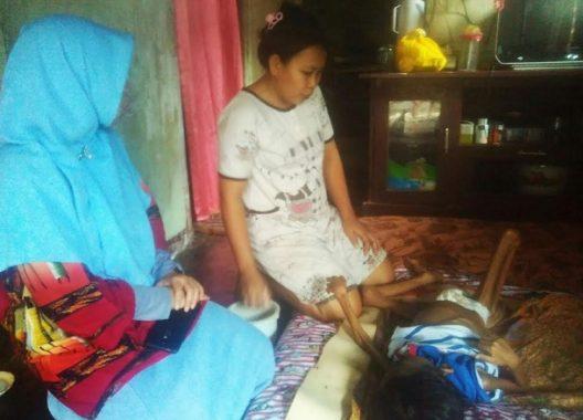 Hari Ibu: Perjuangan Seorang Ibu asal Pesawaran Merawat Putranya yang Menderita Tumor Intra Abdomen