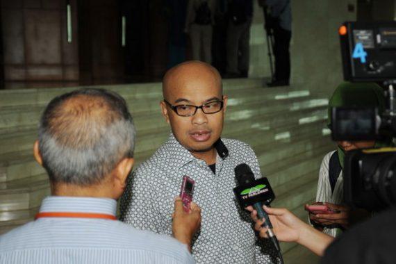 Zainudin Hasan Luncurkan Program Raskin Gratis untuk Masyarakat Miskin