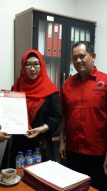 Paha Mulus Ubah Peta Politik Pemilihan Gubernur Jawa Timur