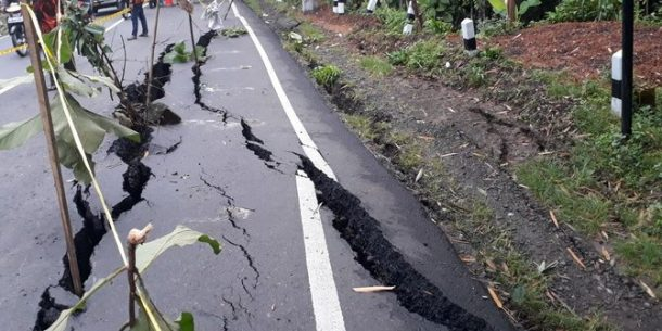 Foto dan Video Hoax Langsung Bertebaran Usai Gempa Jakarta