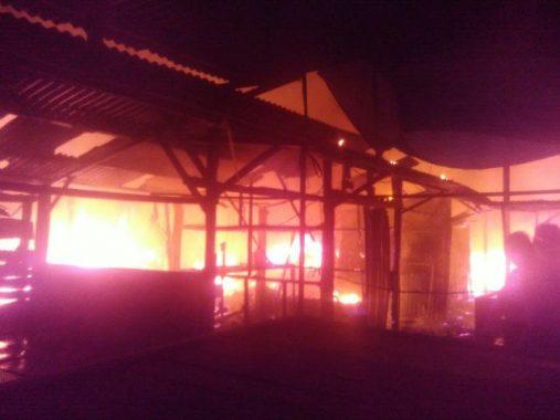 Pasar Way Halim Terbakar, Titin: Semua Barang Dagangan Ludes, Mbak