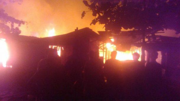 BREAKING NEWS: Pasar Way Halim Bandar Lampung Terbakar