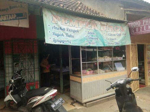 Melongok Usaha Pempek Dirga Jalan Komaruddin Rajabasa Raya