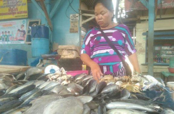 Pasokan dari Nelayan Berkurang, Harga Ikan di Gudang Lelang Bandar Lampung Naik