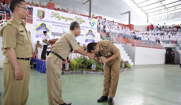 Bupati Lampung Barat Parosil Mabsus Gelar Acara Bediom Tempati Rumah Dinas