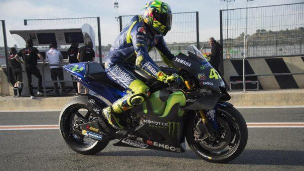 Mesin Baru Yamaha Belum Atasi Masalah, Rossi Butuh Perubahan untuk MotoGP 2018