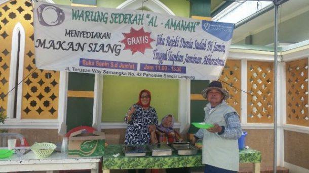 Masya Allah, Pemilik Warung Makan Al Amanah di Bandar Lampung Ini Sediakan 60 Porsi Makan Siang Gratis