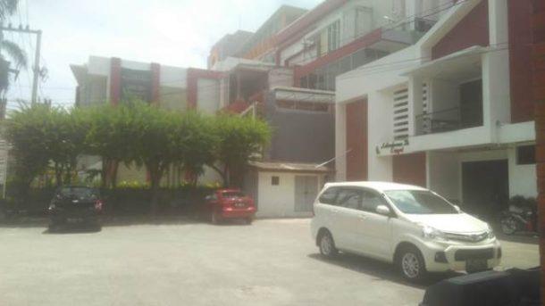 Ditinggal Makan, Mobil Keponakan Menteri Pertahanan Raib di Depan Apotek Enggal Bandar Lampung
