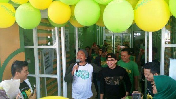 Bona Cake Lampung Gelar Meet and Greet, 10 Pembeli Pertama Makan Siang Bareng Sahrul Gunawan