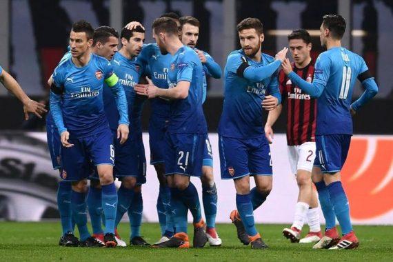 Arsenal Benamkan Milan di San Siro