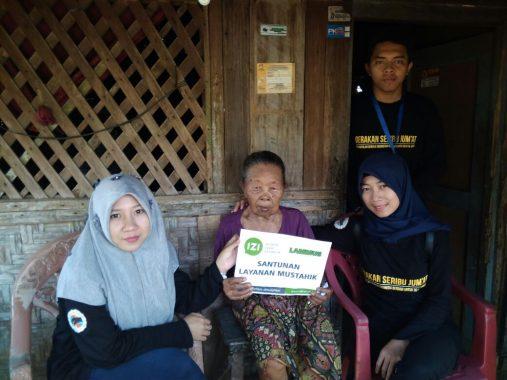 IZI Lampung Bantu Janda Miskin yang Hidup Sebatang Kara